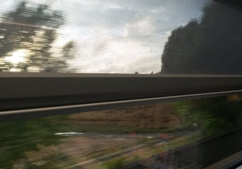 [Eurostar]Like the older e300 trains, the windows have pull-down blinds on the newer Eurostar e320 trains
